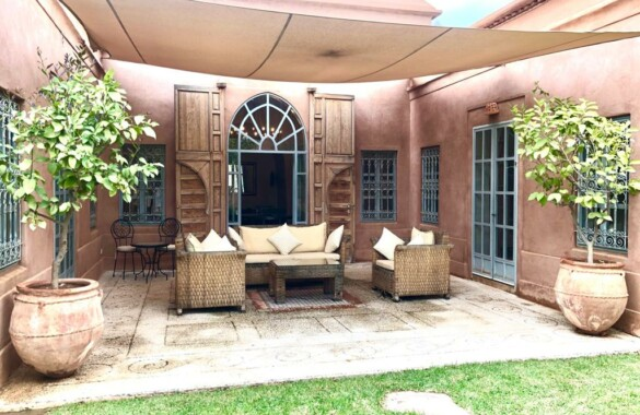 Sweet 3 bedroom villa for sale close to major golf courses