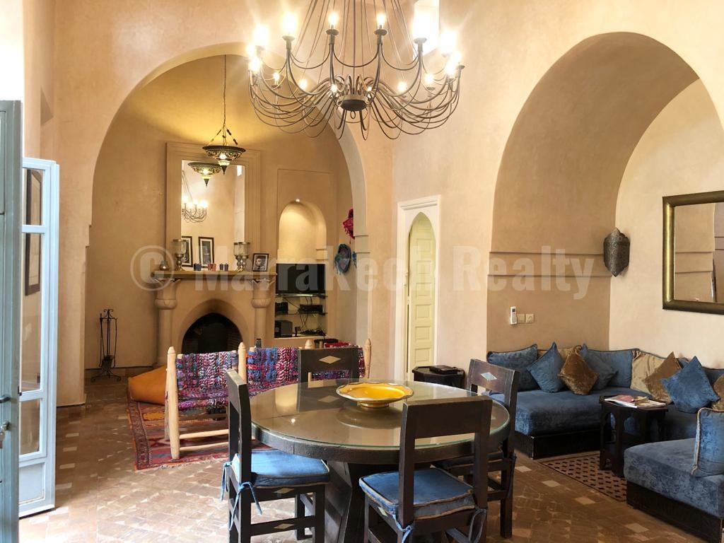 Ravissante villa de 3 chambres à proximité des golfs