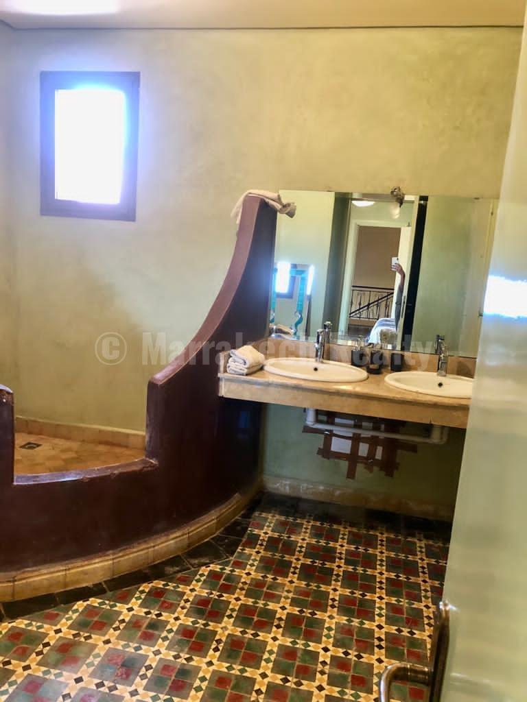Agréable villa de 4 chambres à 10 km de Marrakech