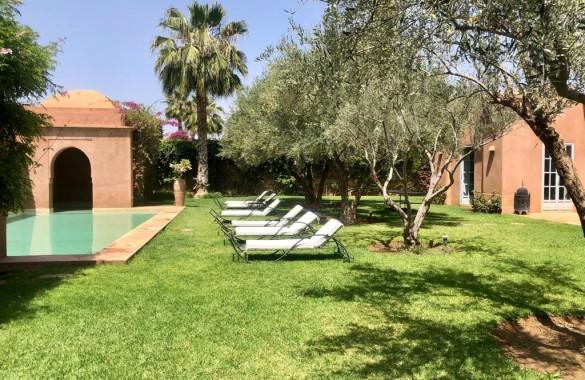 Magnifique villa avec piscine à vendre dans une résidence gardée et sécurisée