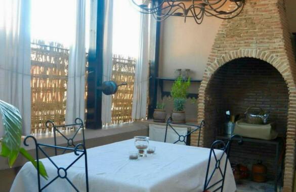 Bel appartement de 4 chambres avec terrasses dans le quartier Gueliz