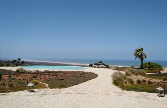 Exceptionnelle propriété de 7 chambres avec vue somptueuse sur l'océan